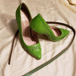 BNWT Amazing green set : heels and belt